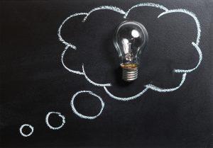 Light bulb in speech bubble